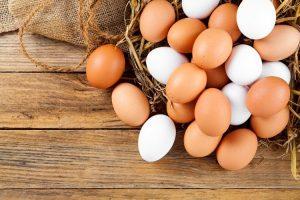 Belirli faaliyetler dikkatle uygulandığı takdirde tavuklar kışın da yumurta yapar.